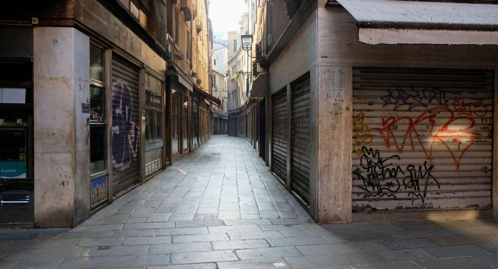 Ruas vazias de Veneza no terceiro dia de quarentena sem precedentes em toda a Itália, imposta para controlar o surto de coronavírus, 12 de março de 2020