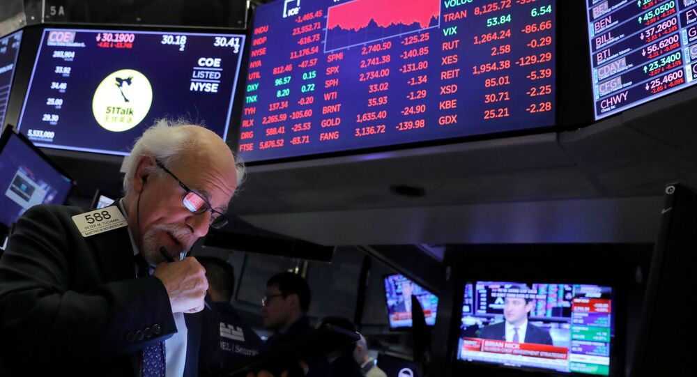 Funcionário da Bolsa de Nova York (NYSE) na cidade de Nova York, nos EUA, em 11 de março de 2020
