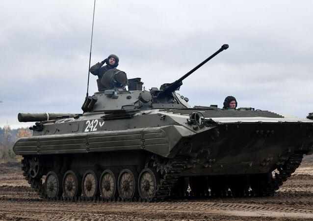Veículo de combate de infantaria BMP-2