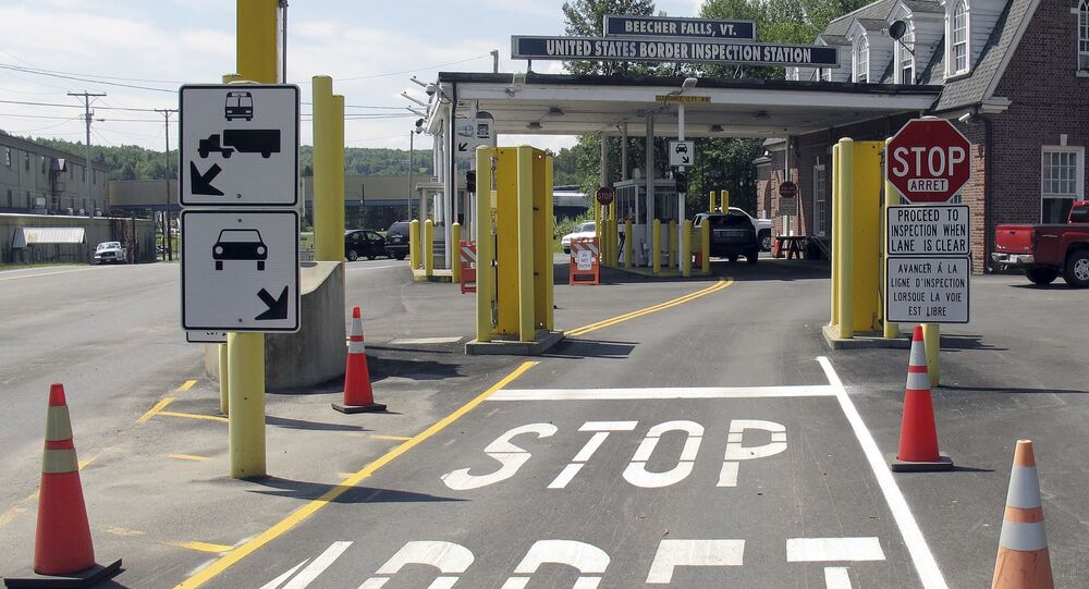 Posto de fronteira entre Vermont, nos EUA, e Québec, Canadá. Beecher Falls, VT, 2 de agosto de 2017
