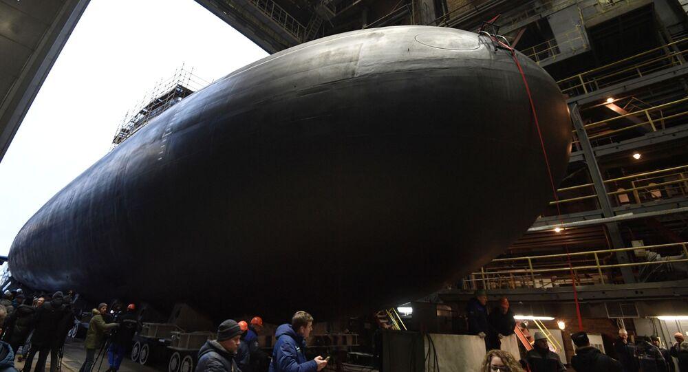 Cerimônia solene do lançamento à água em São Petersburgo do submarino diesel-elétrico Volkhov, do projeto 636.3, Varshavyanka, para a Frota do Pacífico, 26 de dezembro de 2019