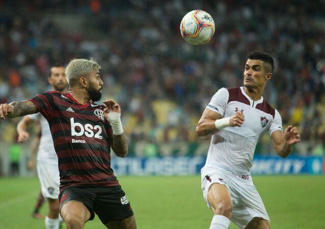 Flamengo e Fluminense se enfrentam pelo Campeonato Carioca