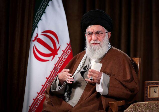 Líder supremo do Irã, aiatolá Ali Khamenei, durante discurso em rede nacional, em Teerã, 22 de março de 2020