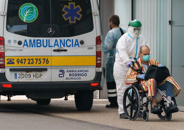 Entrada de hospital no norte da Espanha (imagem referencial)