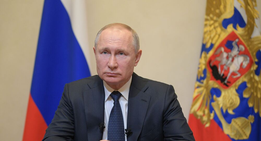 Presidente da Rússia, Vladimir Putin, durante pronunciamento em rede nacional de televisão, 25 de março de 2020