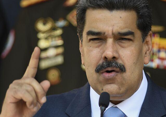 Presidente venezuelano Nicolás Maduro concede entrevista no Palácio Miraflores, em Caracas