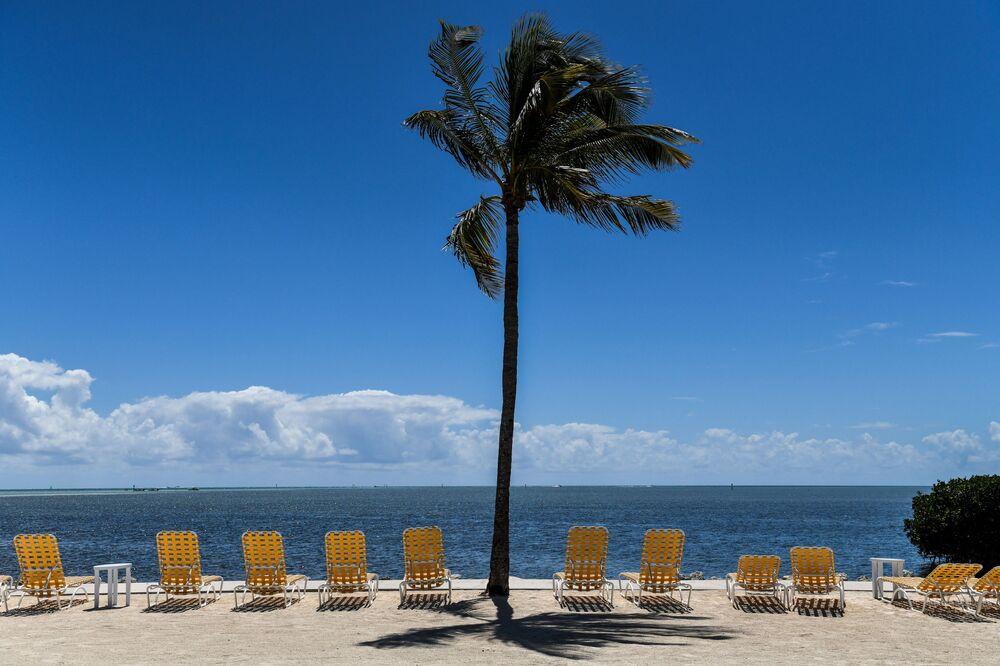 Resort vazio em Florida Keys fechado para visitantes durante pandemia de coronavírus, Flórida, EUA