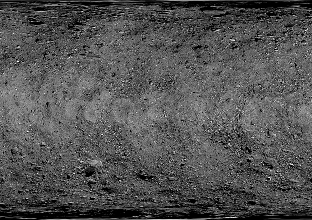 Imagem de mapa da superfície do asteroide Bennu