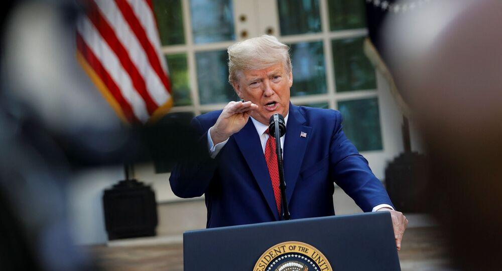 Presidente dos EUA, Donald Trump, durante coletiva de imprensa na Casa Branca, em Washington, EUA, 29 de março de 2020