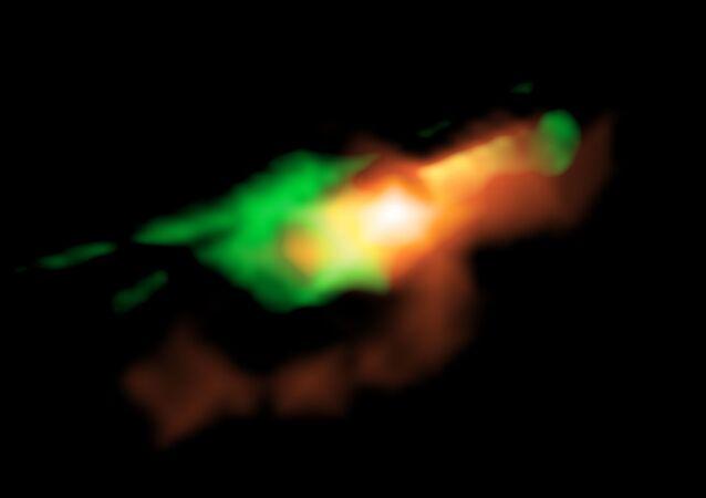 Imagem do quasar MG J0414+0534 sem efeitos de lentes gravitacionais