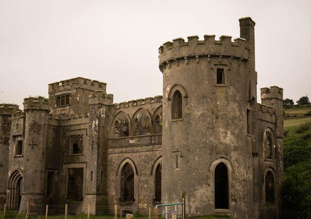 Castelo medieval (imagem ilustrativa)