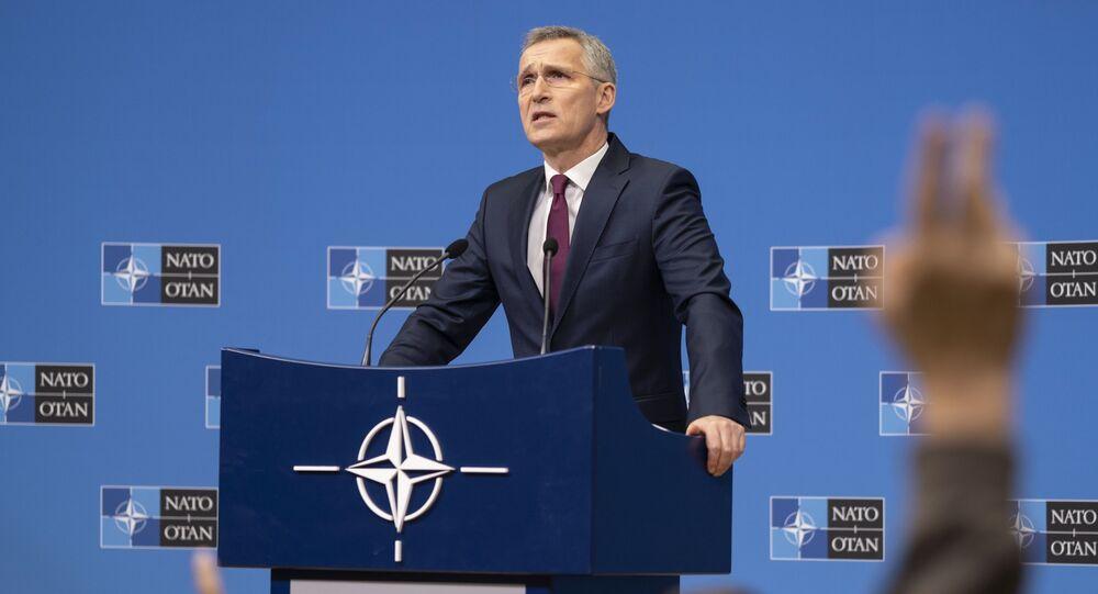 Secretário-geral da OTAN, Jens Stoltenberg, durante coletiva de imprensa em Bruxelas