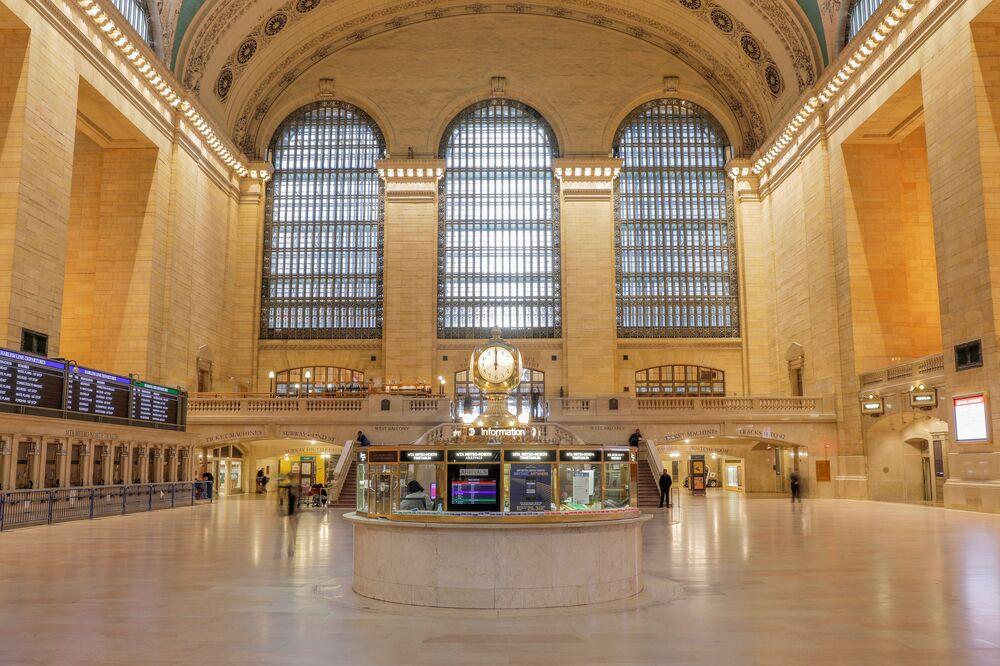 Horas são indicadas na Estação Grand Central de Nova York, nos EUA