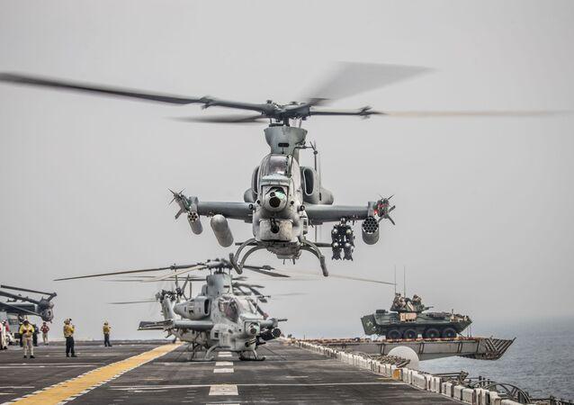 Helicóptero AH-1Z Viper