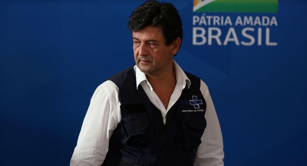 O ministro da Saúde, Luiz Henrique Mandetta, em entrevista coletiva.