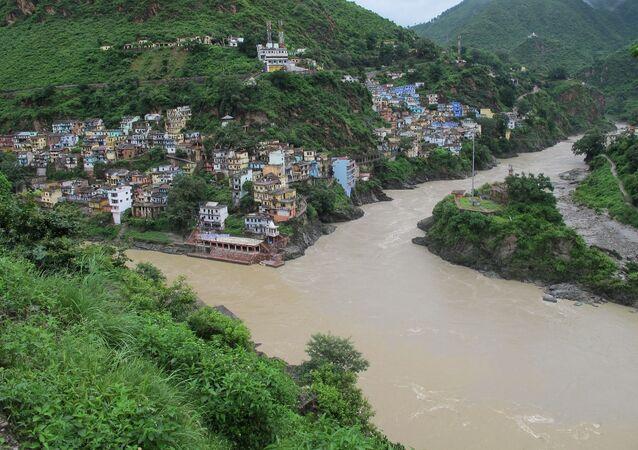 Cidade de DevPrayag na índia