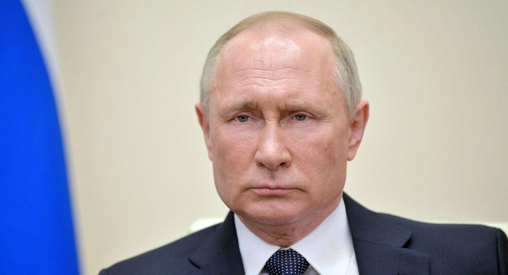 Presidente da Rússia, Vladimir Putin, durante videoconferência,  9 de abril de 2020