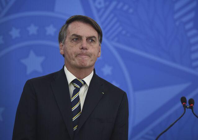 Presidente do Brasil, Jair Bolsonaro, durante declaração à imprensa.