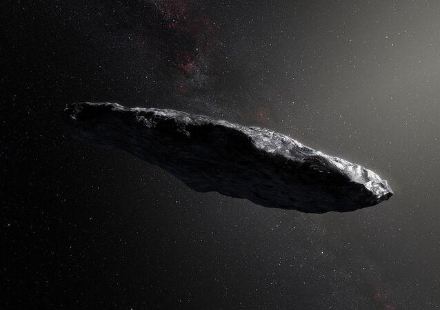 Imagem de asteroide Oumuamua