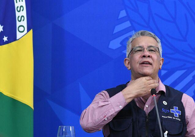 Secretário de vigilância em Saúde, Wanderson de Oliveira, em coletiva de imprensa sobre atualizações de dados do boletim epidemiológico diário, relacionados ao novo coronavírus (Covid-19), no salão oeste do Palácio do Planalto, em Brasília (DF)