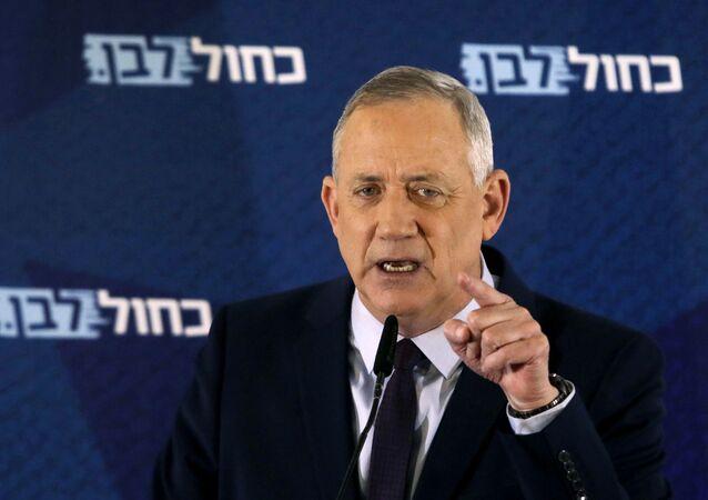 Líder do partido israelense Azul e Branco Benny Gantz (foto de arquivo)