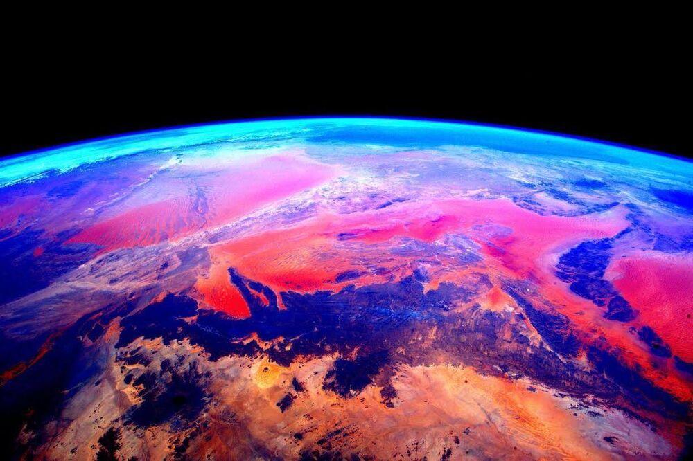 Foto da Terra tirada por Scott Kelly a bordo da Estação Espacial Internacional