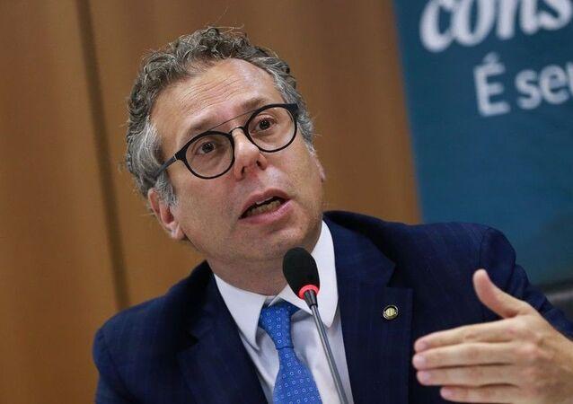 Luciano Timm, secretário nacional do consumidor, põe cargo à disposição após saída de Moro do Ministério da Justiça.