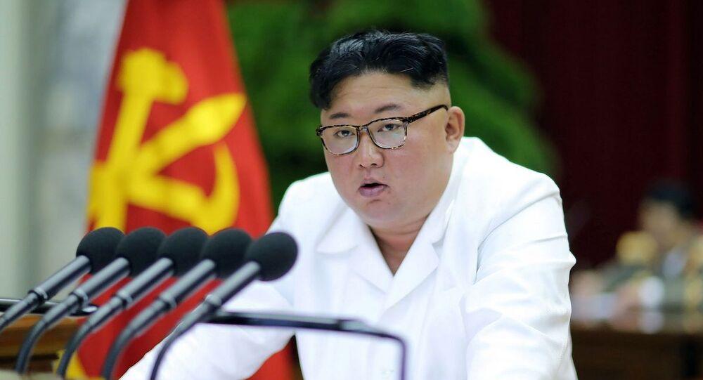 Kim Jong-un durante evento político em seu país (foto de arquivo)