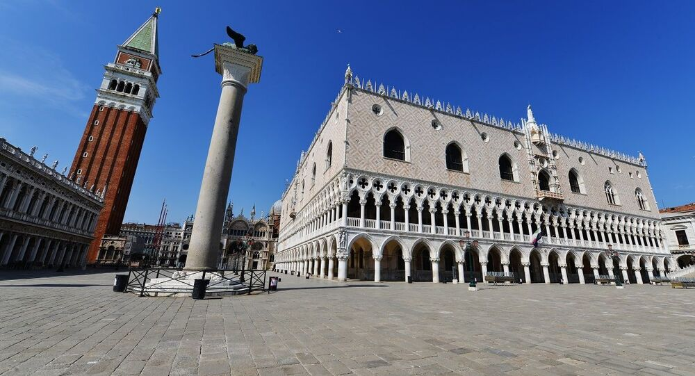 Praça de San Marco em Veneza vazia devido à quarentena (foto de arquivo)