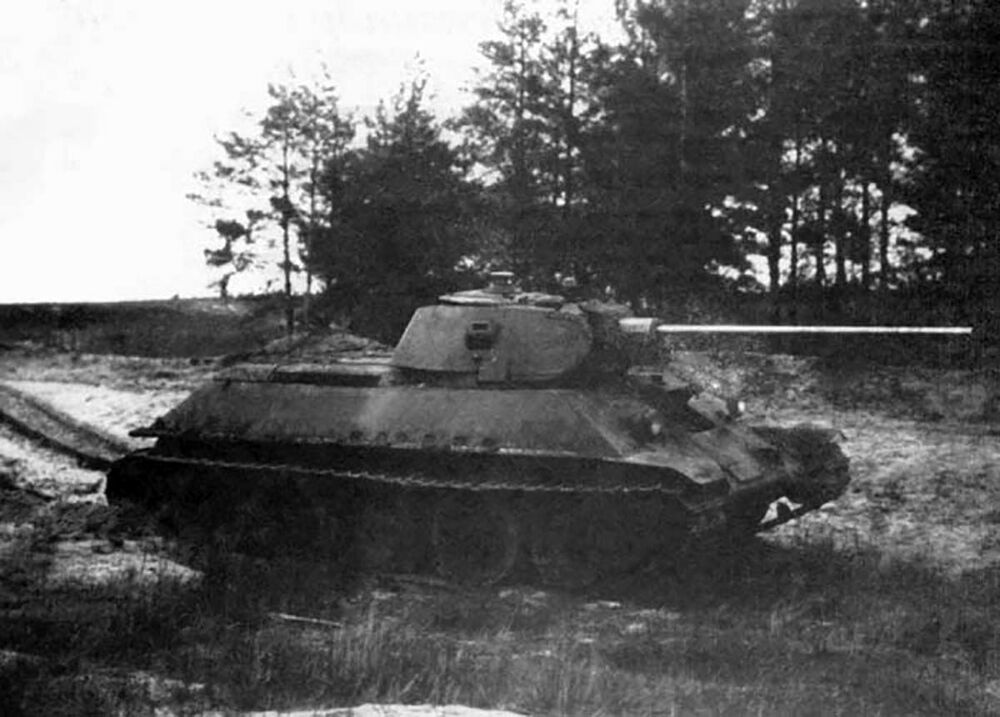 Tanque T-34-57