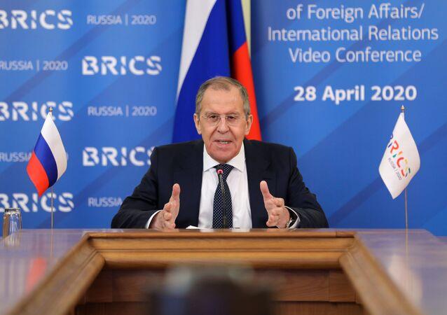 Chanceler russo Sergei Lavrov participa de reunião com ministros das Relações Exteriores do BRICS, em 28 de abril de 2020