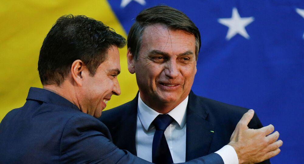 O presidente Jair Bolsonaro na posse de Alexandre Ramagem como diretor da Agência Brasileira de Inteligência (Abin), em 11 de julho de 2019