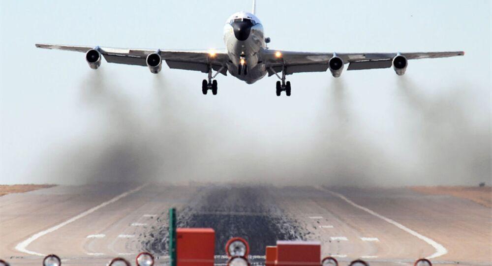 Aeronave de reconhecimento WC-135 da Força Aérea dos EUA