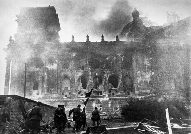 Ataque ao Reichstag em maio de 1945