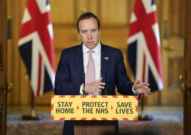 Secretário de Saúde do Reino Unido, Matt Hancock, fala ao país durante a pandemia do coronavírus