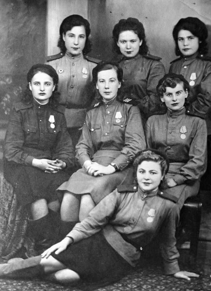 Moças-soldado do Daguestão durante a Grande Guerra pela Pátria, em 1944