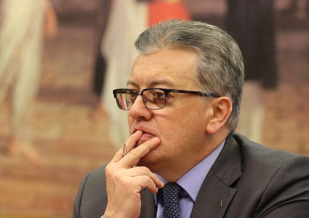 Ex-presidente da Petrobras, Aldemir Bendine, depõe na CPI sobre o escândalo de corrupção na empresa