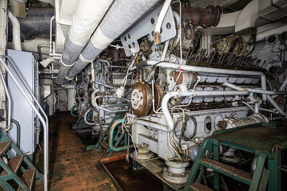 Sala das caldeiras de um navio