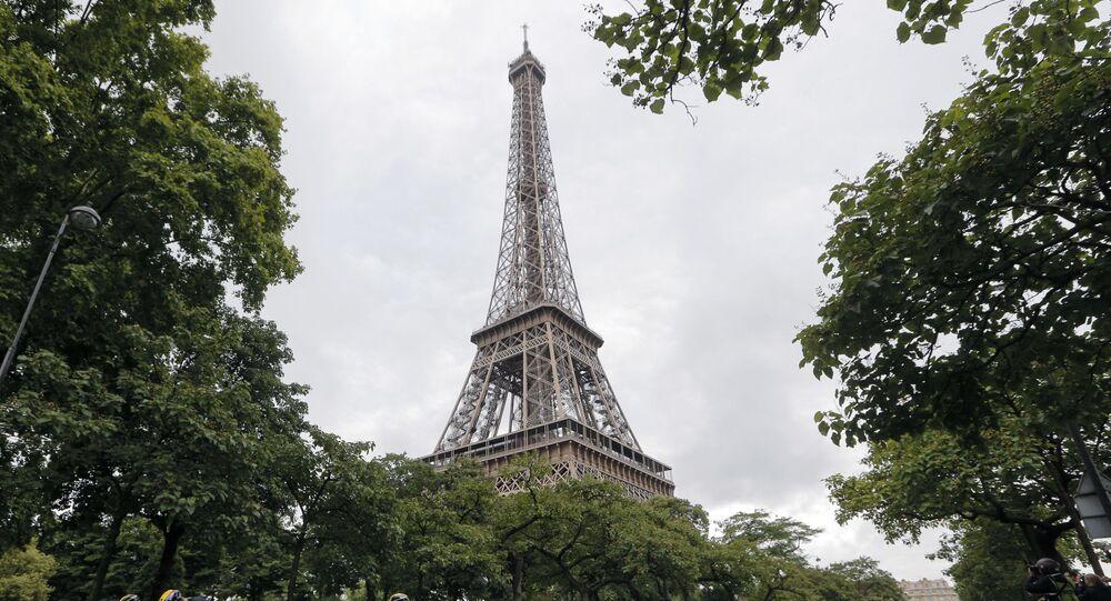 Torre Eiffel, em Paris (foto de arquivo)