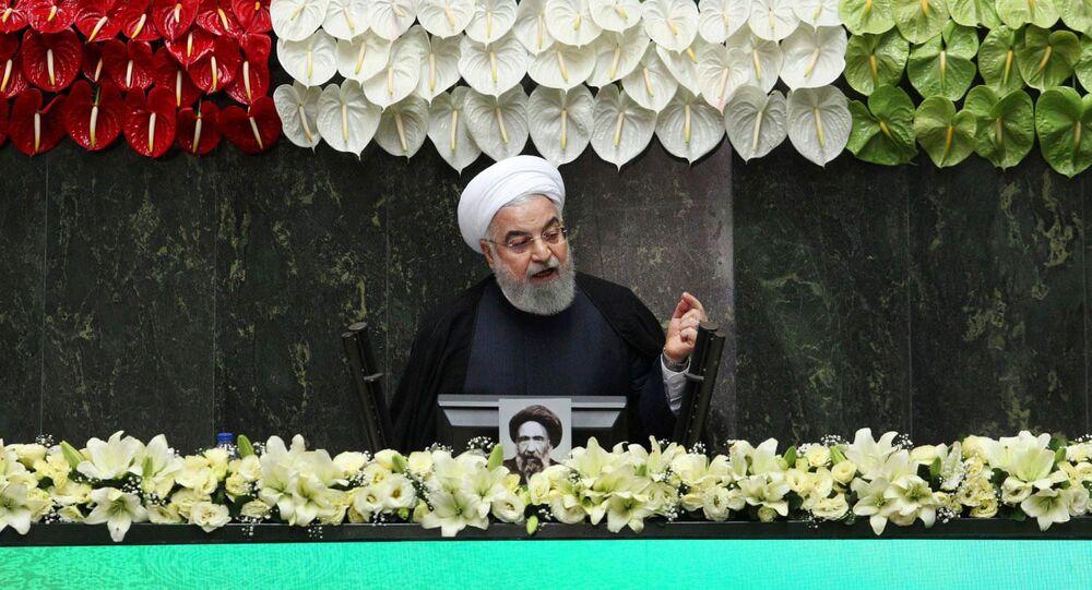 Presidente do Irã, Hassan Rouhani, durante abertura da 11ª sessão do Parlamento iraniano, em Teerã, Irã, 27 de maio de 2020