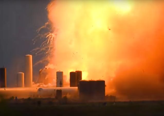 Explosão de protótipo da Starship nos EUA
