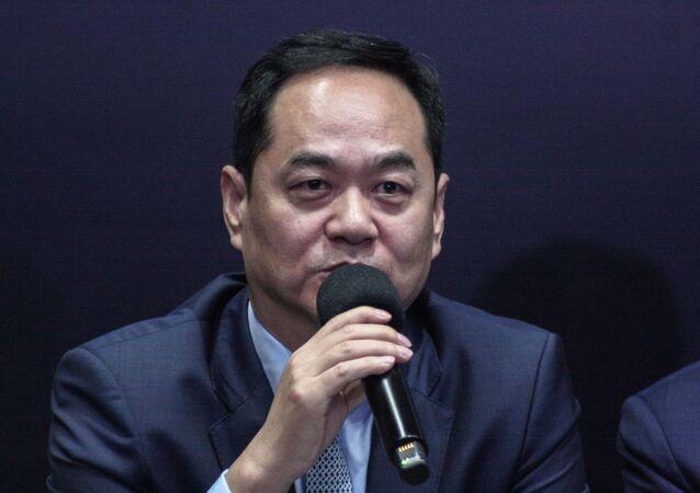 Em São Paulo, o Embaixador da China no Brasil, Yang Wanming, participa de coletiva de imprensa no Palácio dos Bandeirantes.
