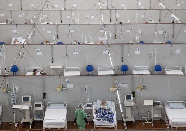 Hospital de campanha na cidade de Santo André, na Grande São Paulo.