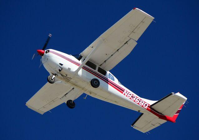 Cessna 206F