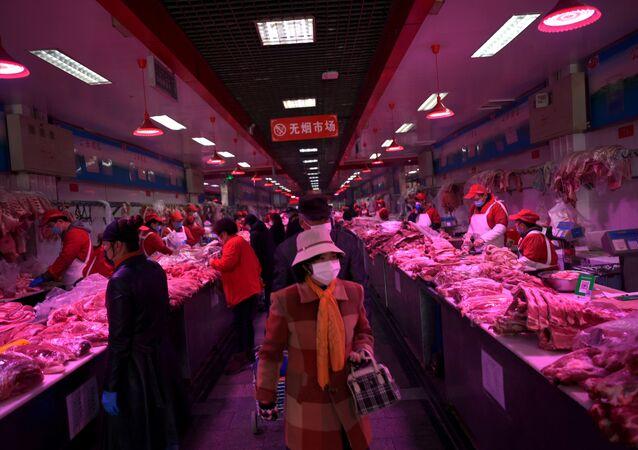 Mercado de Xinfadi em meio à pandemia do coronavírus, em Pequim, China
