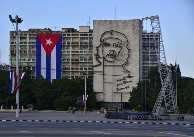 Imagem de Che Guevara em um edifício na capital cubana