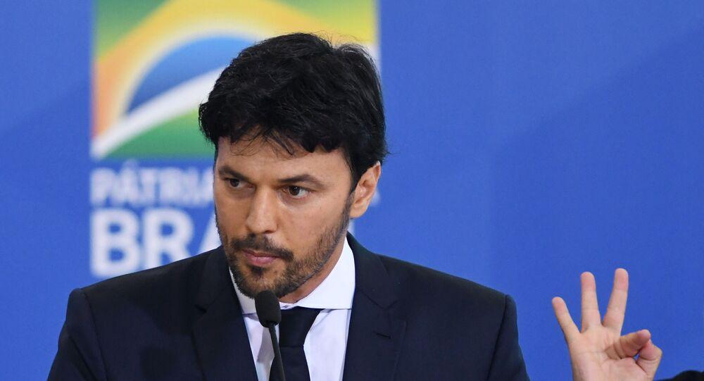 Fábio Faria durante sua posse como ministro das Comunicações, no salão Nobre do Palácio do Planalto