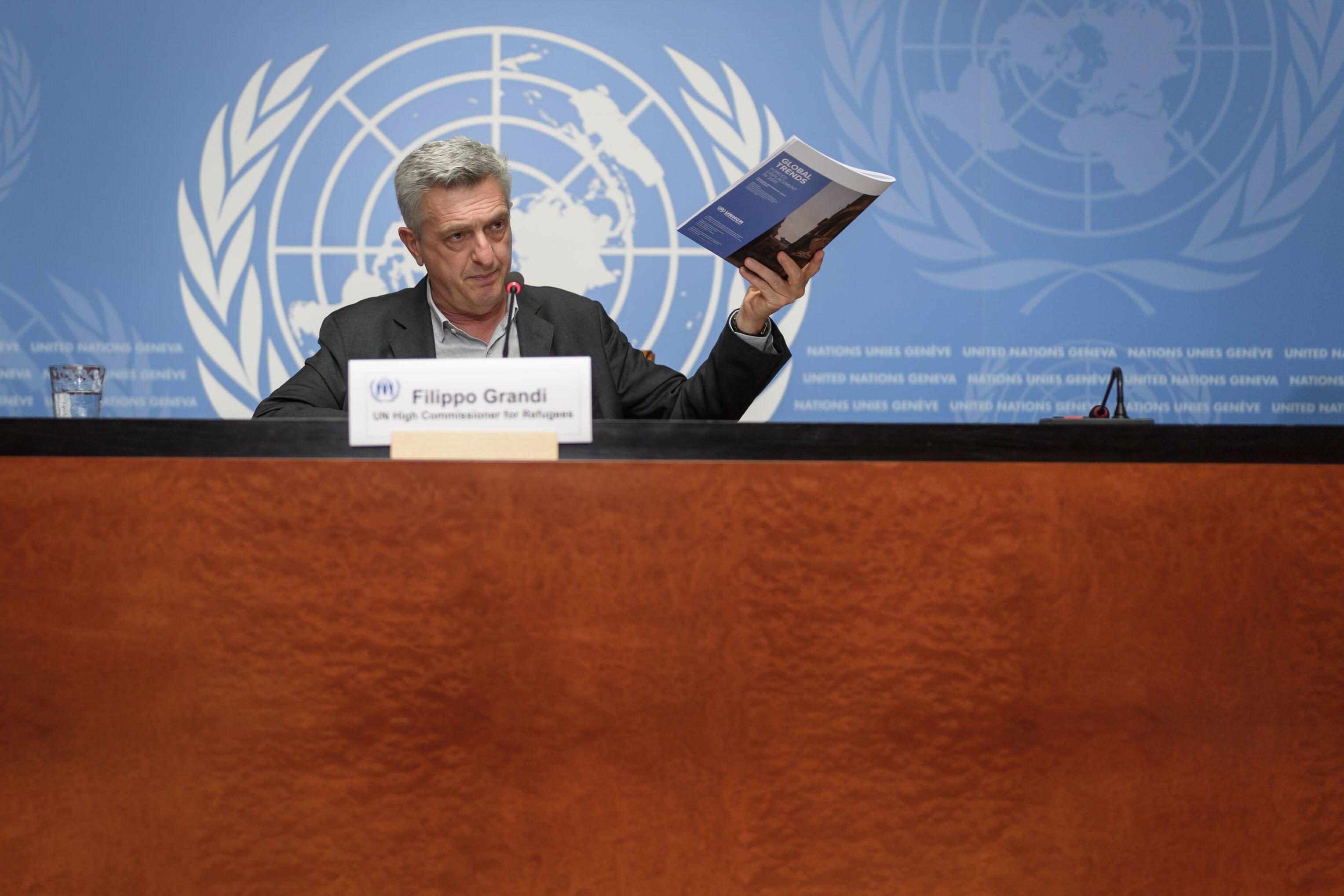 O alto comissário da ONU para os refugiados, Filippo Grandi, apresenta relatório da organização sobre o número de pessoas deslocadas e refugiadas, em Genebra, Suíça, 16 de junho de 2020