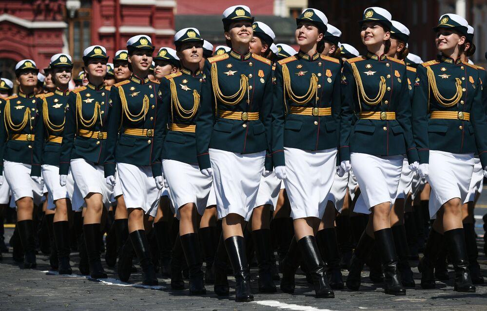 Parada do Dia da Vitória realizada na Praça Vermelha em comemoração aos 75 anos do fim da Grande Guerra pela Pátria