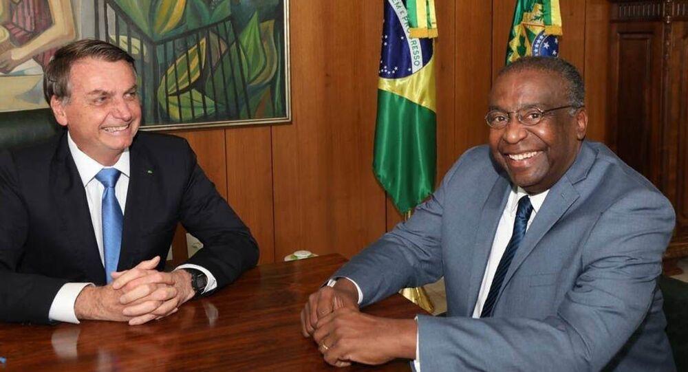 O presidente Jair Bolsonaro e o ministro da Educação Carlos Alberto Decotelli da Silva.